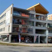 Prenájom veľkého 2i bytu + 2 parkovacie státia - Vlčince, Žilina