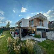 Luxusná rodinná vila s wellnessom v Bojniciach - VIDEO