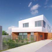 Posledné 4 novostavby Novej výstavby samostane stojacich a dvojdomov v centre obce KUCHYŇA