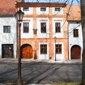 Predáme meštiansky dom na investíciu s okamžitým výnosom • Spišská Sobota - Poprad