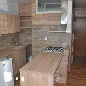 REZERVOVANÉ - Prenájom 1 izb.bytu s veľkou loggiou, 43 m2 - Hliny 6, Žilina