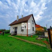 4izb. rodinný dom v Jelšovciach 10á záhrada