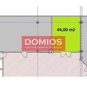 Prenájom klim. obchod. priestorov (44 m2, príz., výklad, WC, parking)