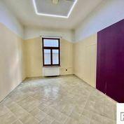 Prenajmeme kanceláriu, Žilina - centrum, Farská ulička, R2 SK.