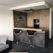Moderne zariadený 2i byt v Arboria Parku Trnava