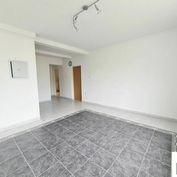 Predáme 4+1 byt  s podkrovím, 205 m² so stavebným povolením, Žilina-Centrum,  V. Spanyola, R2 SK.