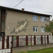Veľký dvojgeneračný dom v pokojnej štvrti - Krásna