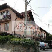 ACT REALITY -  EXKLUZÍVNE: Rodinný dom - 4 bytové jednotky, kancelária, garáž,  415 m2, Nitrianske P