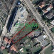 Ponúkame na predaj stavebný pozemok na Šamorínskej ulici v Bratislave
