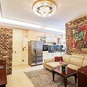 Luxusný veľkometrážny 4 izbový byt v srdci historického Starého mesta BA I