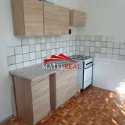 Na prenájom 3 - izb. byt, ul. Ďumbierska 78 m2
