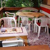 Chata a záhrada v Drienici na predaj