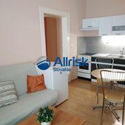 Na prenájom - Zrekonštruovaný 3 izbový byt  pri Univerzite Komenského - BA I.