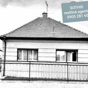 Ponúkame na predaj rodinný dom v Ivanke pri  Dunaji.