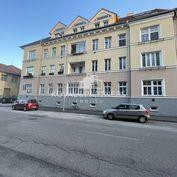 Na predaj 4 izbový byt v úplnom centre mesta Nitra