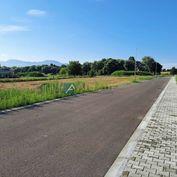 Stavebný pozemok, Bystrička. Výmera 472 m2.
