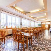 Odstúpenie zabehnutej Reštaurácie HVIEZDA, 500 m2, ul. 17. novembra