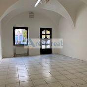 ARETÉ REAL - PRENÁJOM 90 m2 OBCHODNÉHO PRIESTORU V PRIAMOM CENTRE MESTA, PEZINOK, HOLUBYHO (Províziu