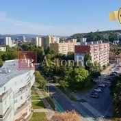Súrne hľadám pre klienta 3-izbový byt, pôv. stav, Soblahovská, Trenčín