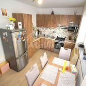 Na predaj 2 izbový BYT 68 m², Bánovce nad Bebravou