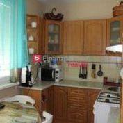Prenajmeme 2,5 izbovy byt (F085-212-ANM)