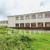 Ponúkame na predaj administratívno- prevádzkovú budovu s areálom 3972 m2.