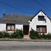 Starší 5 izbový domček v pôvodnom stave na predaj v obci Lubina