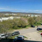 Reality&Bývanie: Predaj bytu s výhľadom na Karpaty v Rači - Pri Šajbách