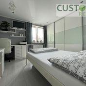 3i byt s balkónom po kompletnej rekonštrukcii centrum mesta!