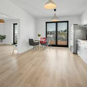 HERRYS - Na predaj priestranný 3 izbový byt s dvomi kúpeľňami, parkovaním a krásnym výhľadom v novos