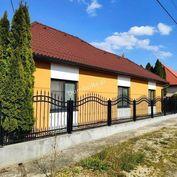 Rezervované, zrekonštruovaný rodinný dom v Tvrdošovciach