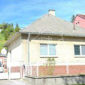 PREDAJ: rodinný dom s garážou, úžitková plocha 110m2, pozemok 1196m2,Stupava, Nová ulica