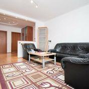 Krásny zariadený rekonštruovaný 4i byt s lodžiou