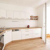 Na prenájom 3-izbový nezariadený byt po rekonštrukcii, nová kuchynská linka, blízkosť električky