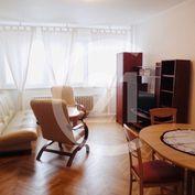 Prenajom 3 izbový byt Nitra, úplné centrum, parkovanie vo dvore, SKVELA CENA