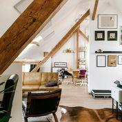 Romantické bývanie (byt) v podkroví domu