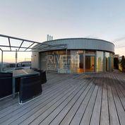 Penthouse s nezameniteľnými výhľadmi