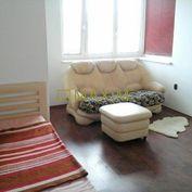 1- izbový byt na Píniovej ulici