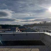Nádherné terasy s 3i-bytom pri Malackách