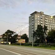 3 izb. byt, Němcovej, Sever, 74m2, balkón, čiast. rek., 5.p Košice I