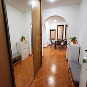 Directreal ponúka  Na prenájom pekný 2. izbový byt v centre mesta Komárno