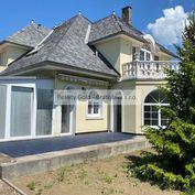 RK Reality Gold – Bratislava s.r.o.  ponúka na predaj rodinný dom 8 izbový  s vnútorným  bazénom v p