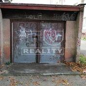 LEN U NÁS. Na predaj je garáž v Priekope.