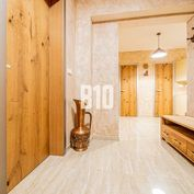 EXKUZÍVNY 3izbový byt 104,05 m2 pre náročnejšieho Klienta / CENTRUM , Tehla, Garážové státie, Terasa