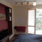 Na predaj malý 2-izbový byt v Strojárenskej šttvrti v Pov. Bystrici