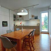 VIDEO - Nadštandardné bývanie, 3 bytové jednotky 315m2  v centre, Prešov