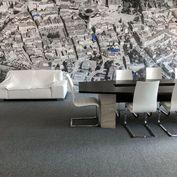 Kancelárske priestory v centre mesta s parkovaním.