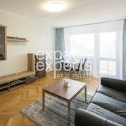 REZERVÁCIA Priestranný, svetlý 3i byt, 78m2, balkón, krásny výhľad