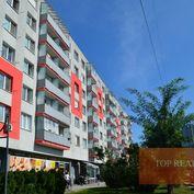 4-izbový byt prerobený, zariadený priamo v centre mesta Sereď, ul. M.R.Štefánika