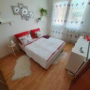 Na predaj úžasne rekonštruovaný 3 izbový byt na nám. Priateľstva v meste Dunajská Streda.